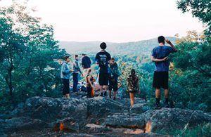 viajar en grupo a la montaña