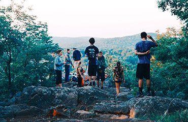 Grupo viajeros exploradores
